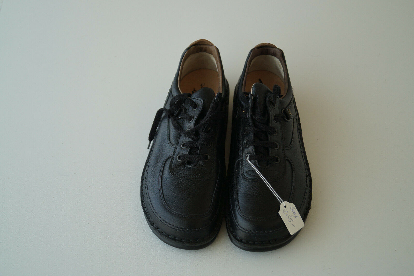FINN COMFORT Genève Chaussures suede avec Dépôts taille 41 unisexe en cuir noir NEUF