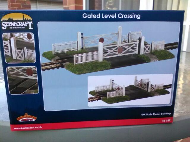 Bachmann Scenecraft Gated Level Crossing single track ref 44-189