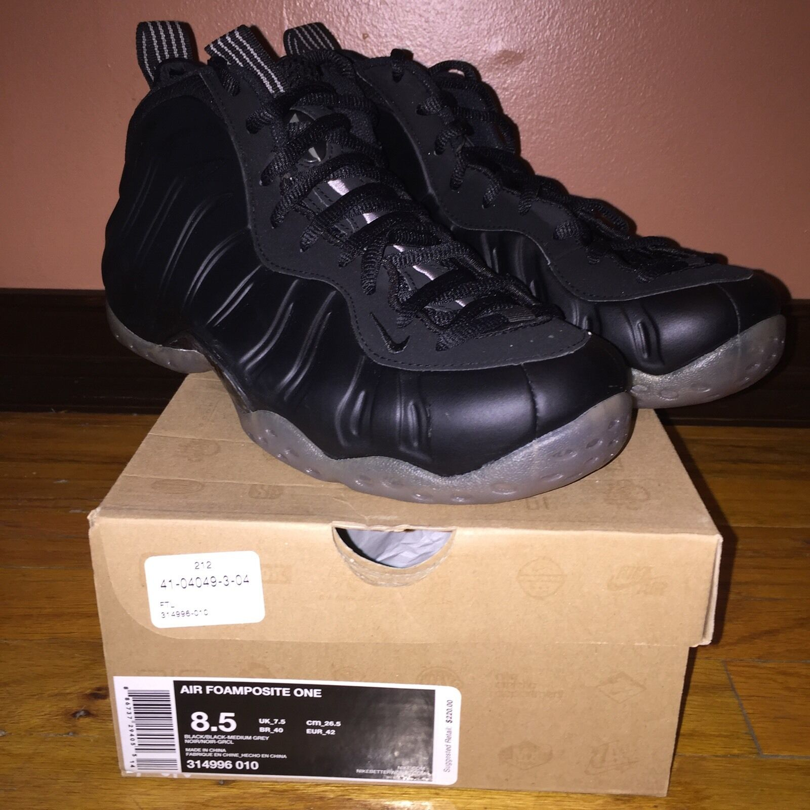 Nike Air Foamposite One Black/Black-Medium Grey Stealth 314996 010 Sz 8.5