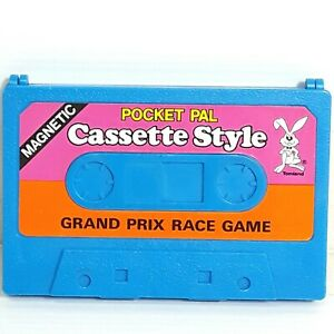 Cassette-Tape-shaped-toy-game-Flipsiders-Clone-Fakie-Tomland-Vintage-1987-1980s