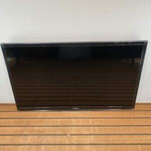 "Samsung 32"" Flat Screen LED TV Television European Model UA32H4100 NEW OPEN BOX"
