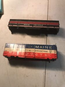 2-VINTAGE-HO-SCALE-GAUGE-TRAIN-CAR-RAILROAD-PASSENGER-PARTS