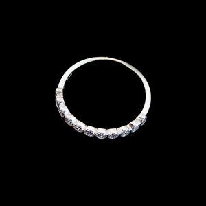 Avon-Sterling-Silver-Princess-Cut-CZ-Band-Ring-Size-10