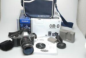 Olympus-OM-D-E-M5-mit-Olympus-12-50mm