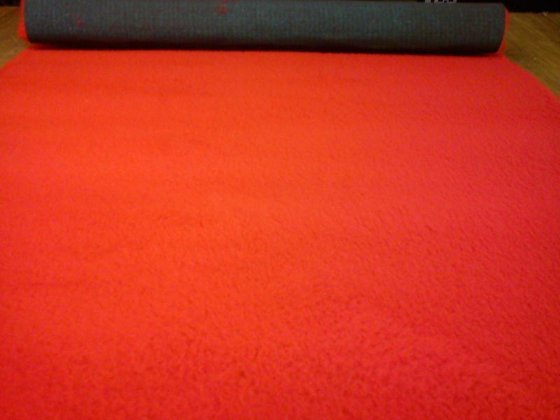 GRADE A TRADITIONAL 2 PIECES 1MT X 1.52MT  RED VET BED 2300 G.P.L.M