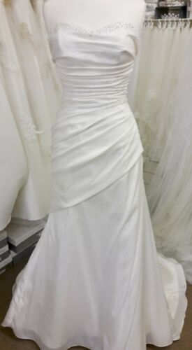 f0fd69a8e6 ROMANTICA OF DEVON wedding dress size12 - £99.00