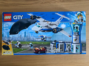 Lego-60210-City-Police-Ciel-Police-Air-Station-de-base-avion-avec-parachutiste