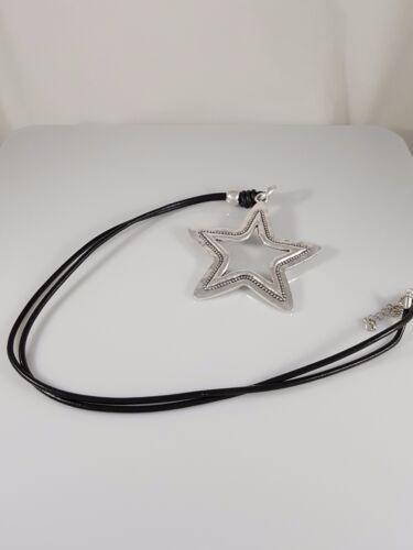 "Cordón de cuero Negro Plata Antigua Colgante Collar 31.5/"" en capas golpeado Star"