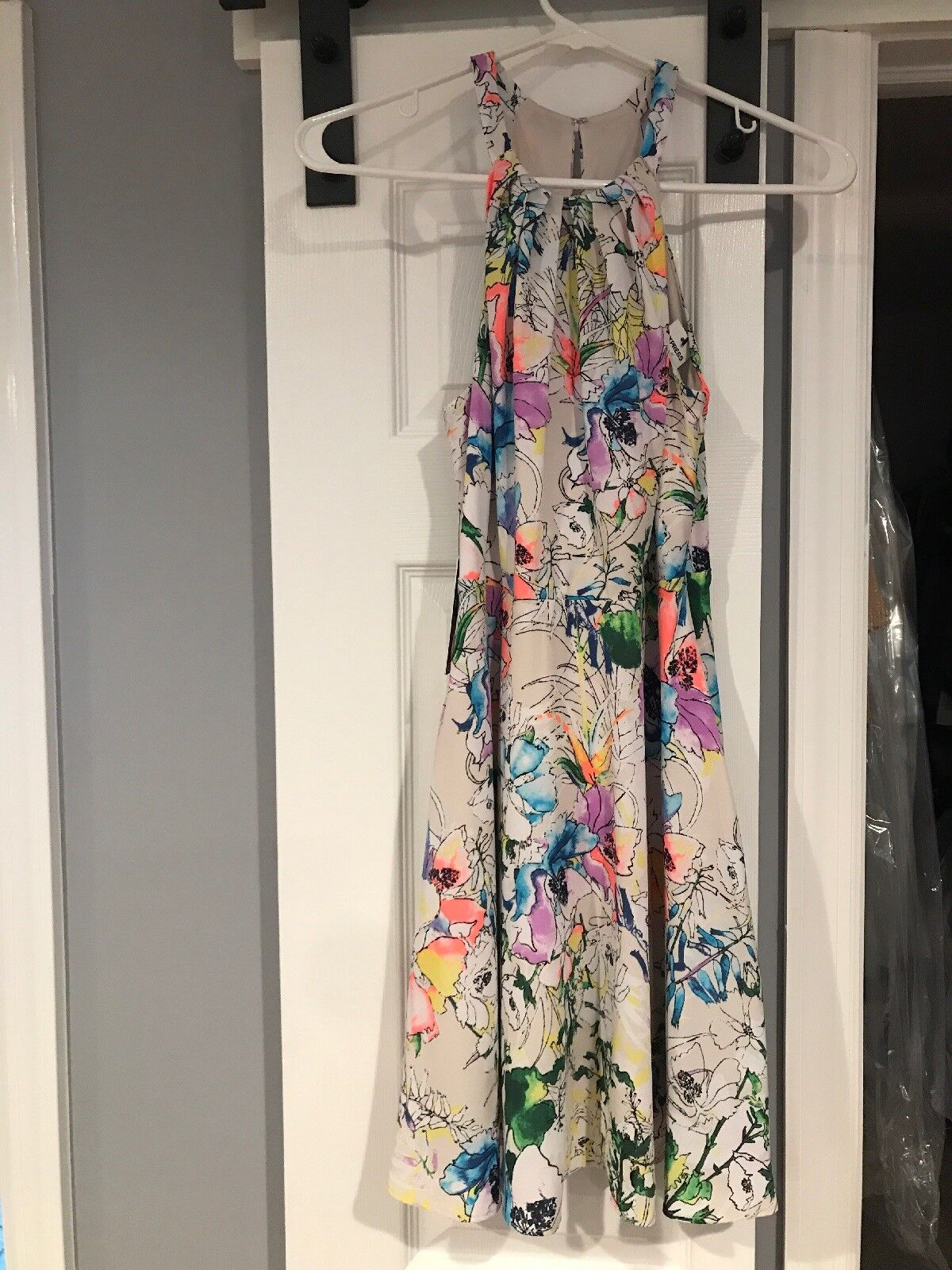EXPRESS Dress Größe 2 Floral Fit And Flare Racer bk  High Neck