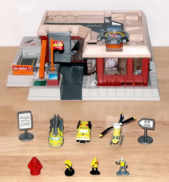 MicroMachines Fire Station 13, 1995 L.G.T.I. - Micro…
