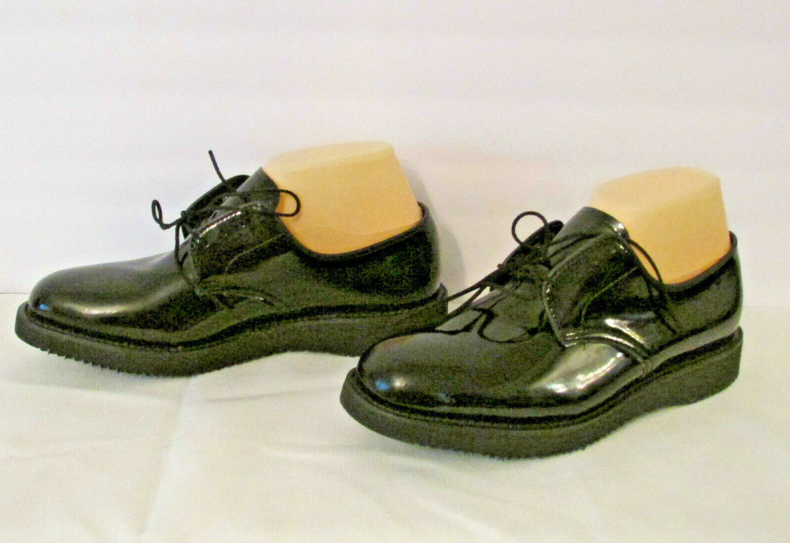 Lady Thorogood Black Patent Uniform Shoes 7.5 Woman's Oxfords Postal Vibram Sole