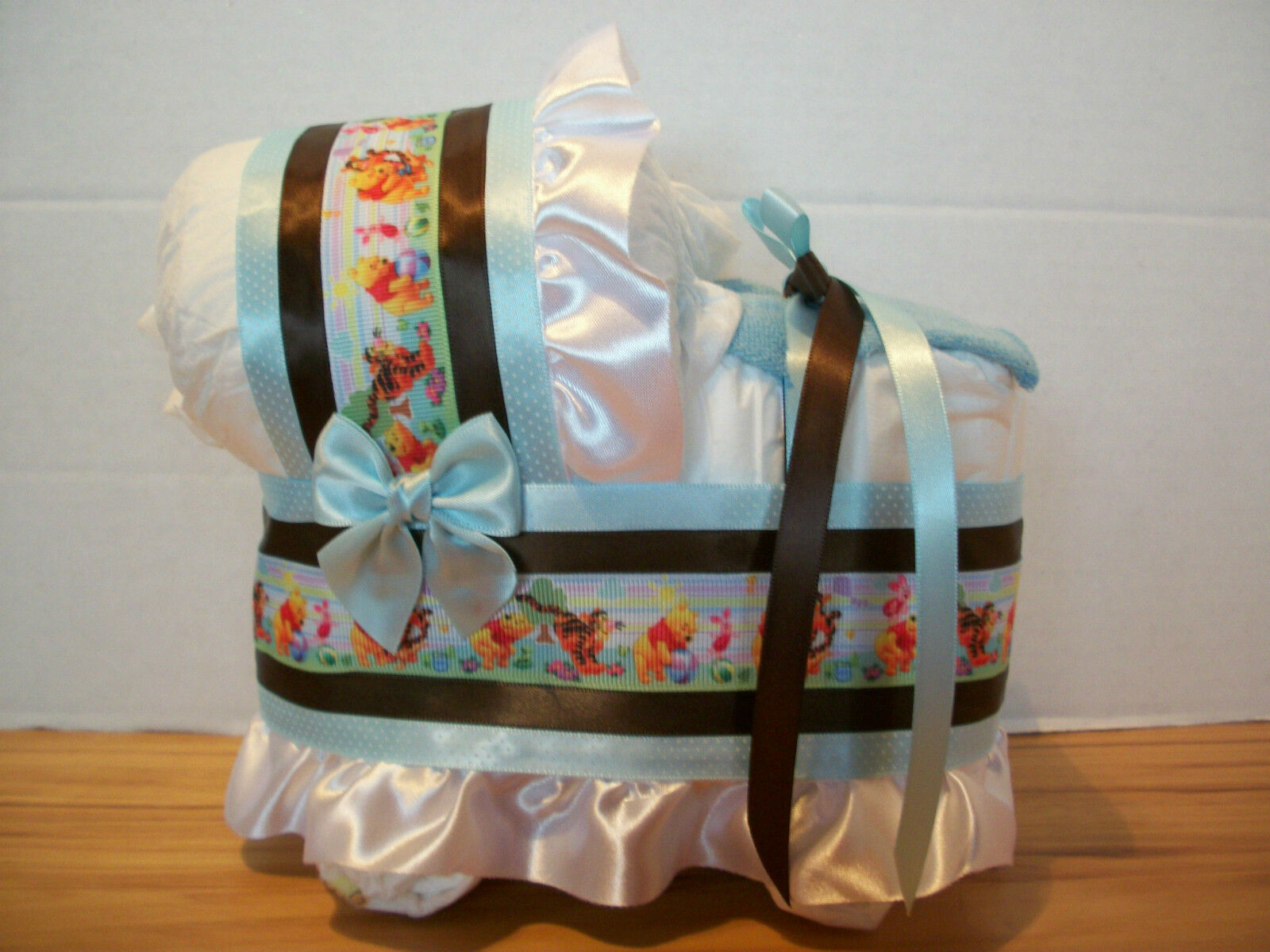 WINNIE THE POOH BOY BLUE BROWN DIAPER BASSINET BABY SHOWER TABLE