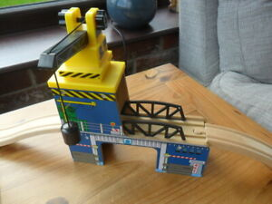 Details About Thomas Tank Engine Friends Compatible Wooden Gantry Crane