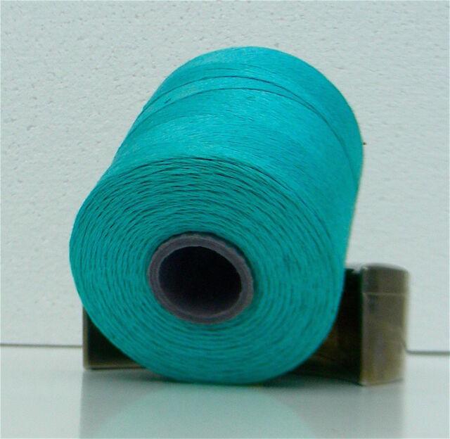 Leinengarn auf der Spule zum Sticken und Stricken - turquoise/türkis