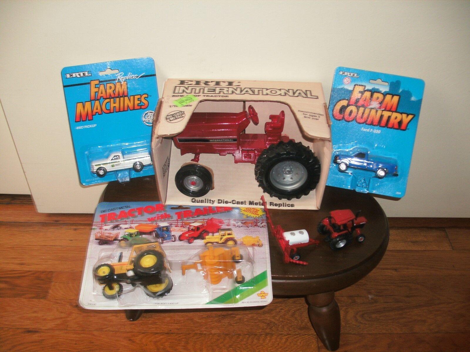 Vintage Ertl International Row Crop Tractor - NIB plus additional additional additional cast toys 6ea78c