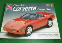 Amt Ertl 1993 Chevrolet Corvette Convertible 8607 Model Car Mountain Kit 1/25