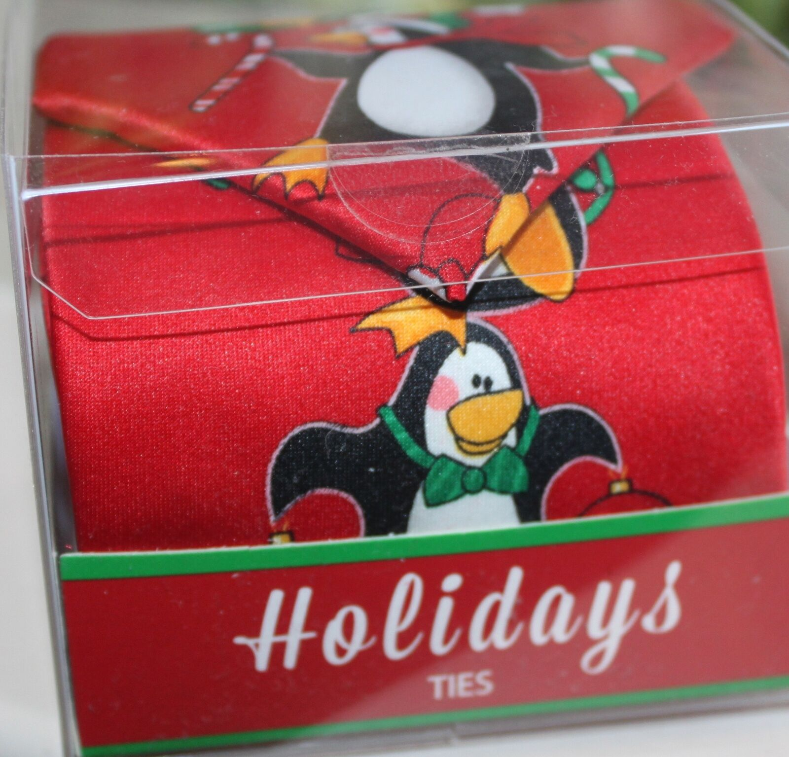 HOLIDAY Christmas Tie Necktie Novelty RED HAPPY PENGUINS Candycanes New