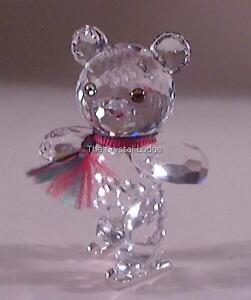 SWAROVSKI-CRYSTAL-KRIS-BEAR-ON-SKATES-193011-MINT-BOXED-RETIRED