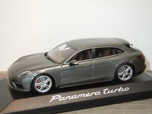 Porsche-Panamera-Turbo-Sport-Turismo-Minichamps-1-43-in-Box-34065