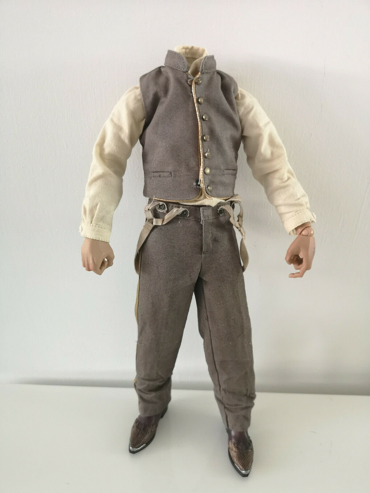 1 6 SCALE JONAH HEX OUTFIT COWBOY