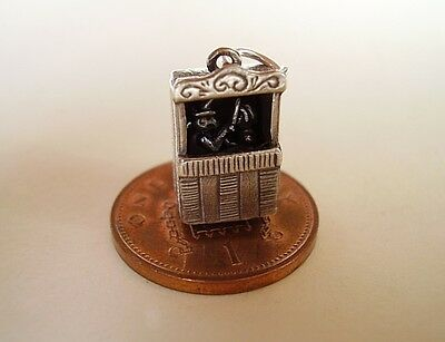 BEAUTIFUL ' PUNCH & JUDY  ' MOVING STERLING SILVER CHARM CHARMS