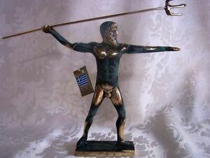 Bronze-Figur-Poseidon-mit-antiker-Patina-244
