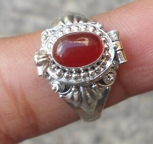 925-Solid-Silver-Balinese-Poison-Locket-Ring-Carnelian-Cab-Size-8-H65