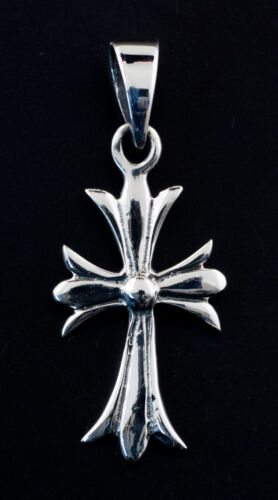 Pendentif Croix medievale Chretienne en Argent massif 925 2g K15 6915