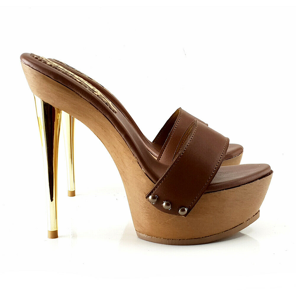 Leather Sandals with Metal Heel Brown-g002