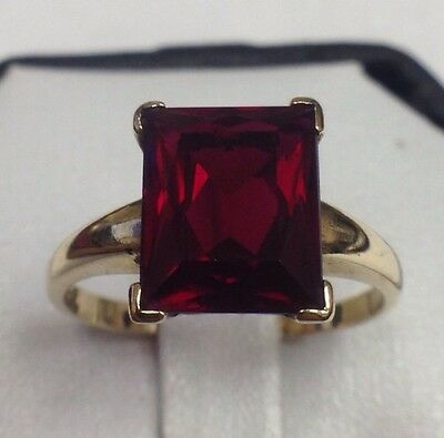 UNISEX 10K YELLOW GOLD 4CT  RED GARNET RING WOMENS LADIES MENS