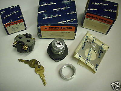 MICRO SWITCH PTKBC22410 KEYED SELECTOR SWITCH KIT NEW CONDITION IN BOX