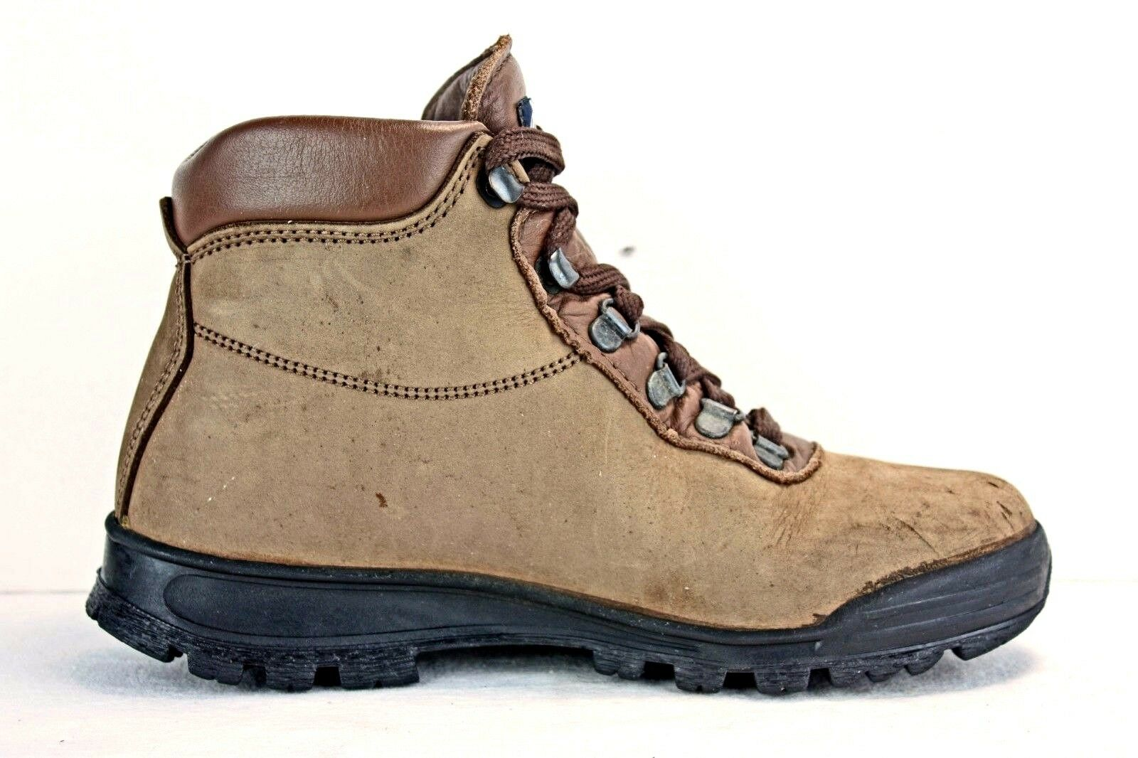 Vasque Damenschuhe Stiefel sz 6 M Waterproof Hiking Hiking Trail Gore-Tex Nubuck Hiking Waterproof  8093b8