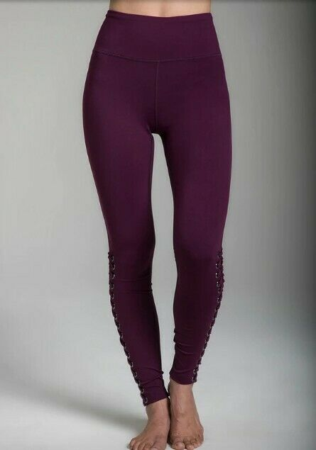 KiraGrace Yoga Leggings, Extra Small, Moulin rot, brand new with tags,