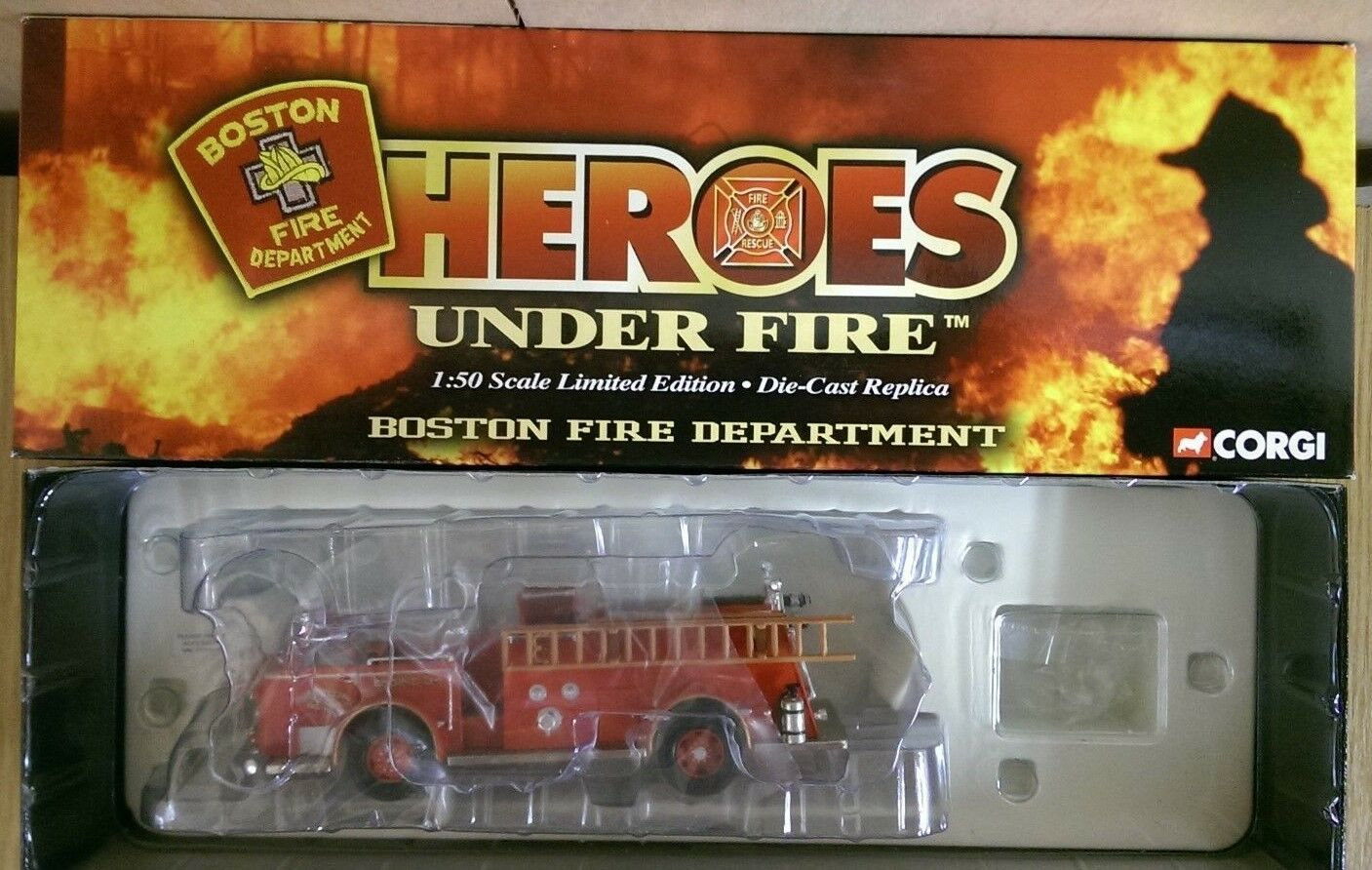 Corgi US53508 American LaFrance 700 Open-Cab Pumper No.34 Boston MA