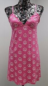 VICTORIA-039-S-SECRET-NIGHTIE-SZ-S-PINK-PEACE-SIGN-CHEMISE-BABYDOLL-NIGHT-GOWN