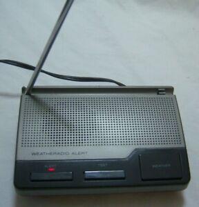 Radio-Shack-12-240-Weather-Alert-Weatheradio-Three-Channel-Radio-Tested-Works