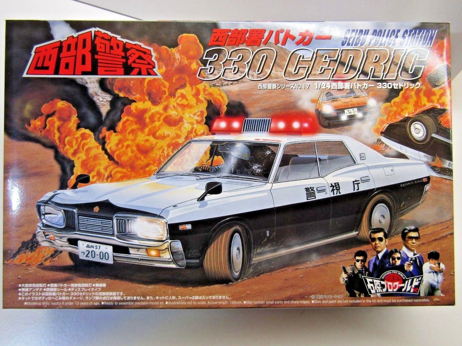 Aoshima 24 skala  ishihara pro welt  seibu polizei stn 330 cedric modell kit