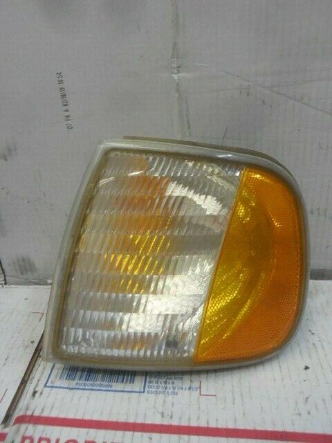 Corner Parking Turn Signal Light Driver Side Left LH for Ford Truck Expedition
