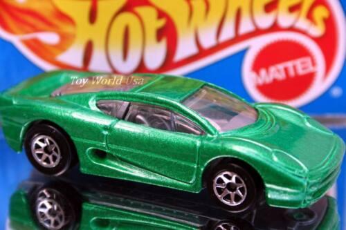 1995 Hot Wheels Super Show Cars Jaguar XJ220 green 7spk