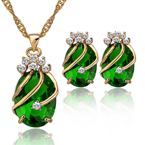 Sumptuous Simulated Emerald Set Women's Nightclubs Band Earrings Necklaces Sets