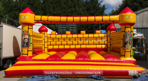 25ft x 25ft Camelot Commercial Grade Bouncy Castle Inflatable