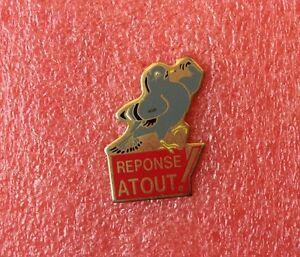 Pins-Animaux-PIGEON-pour-Reponse-A-Tout
