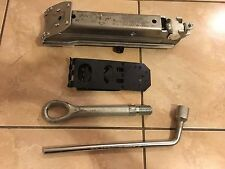 2012 MERCEDES-BENZ C-CLASS SPARE TIRE JACK & TOOL KIT OEM!!!!
