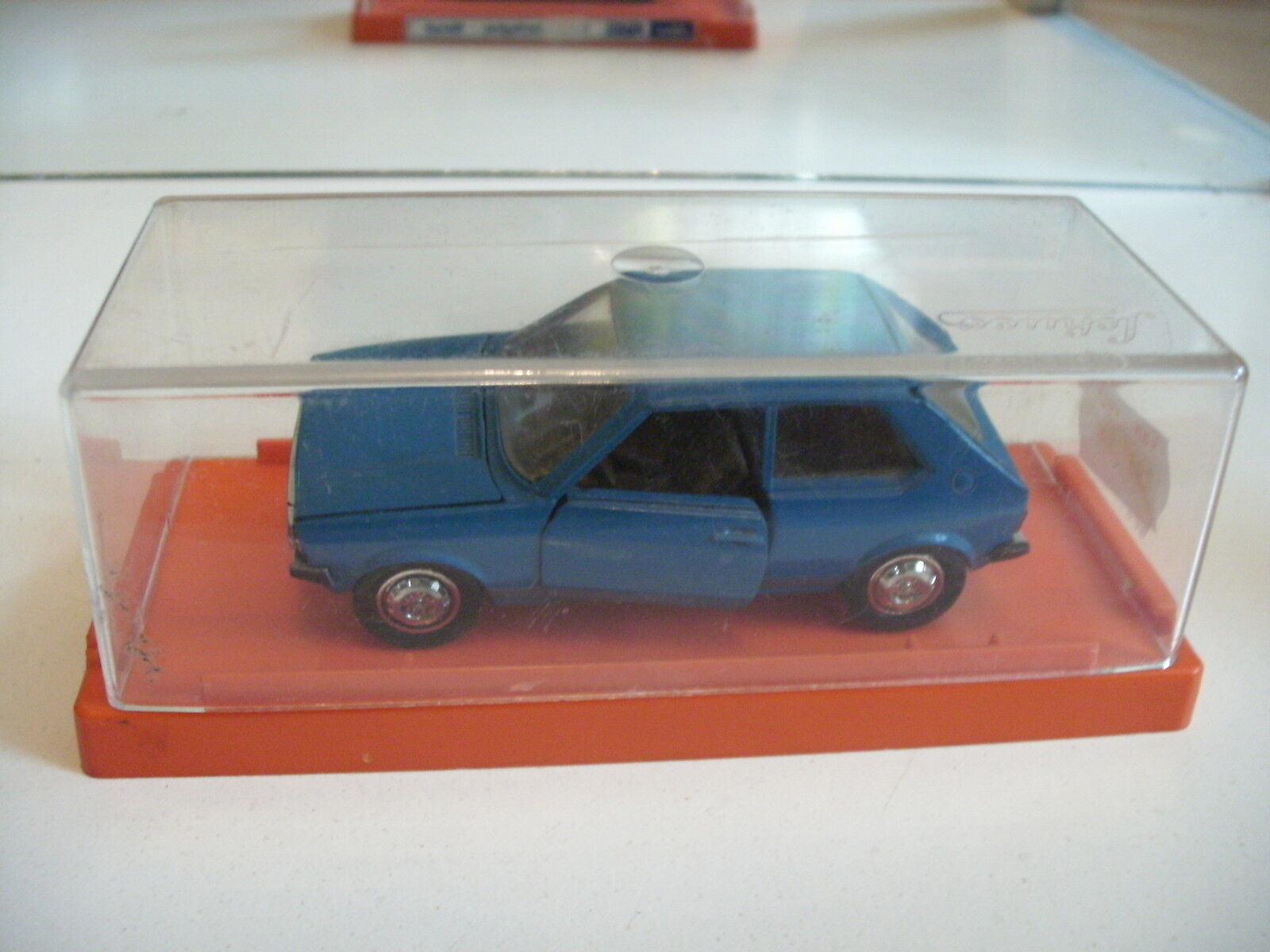 Schuco VW Volkswagen Polo in azul on 1 43 43 43 in Box 2f0e59