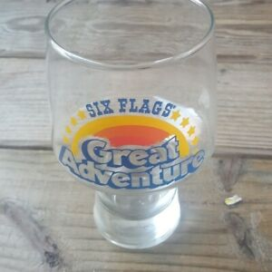 vintage-Six-Flags-Great-Adventure-Glass-Cup