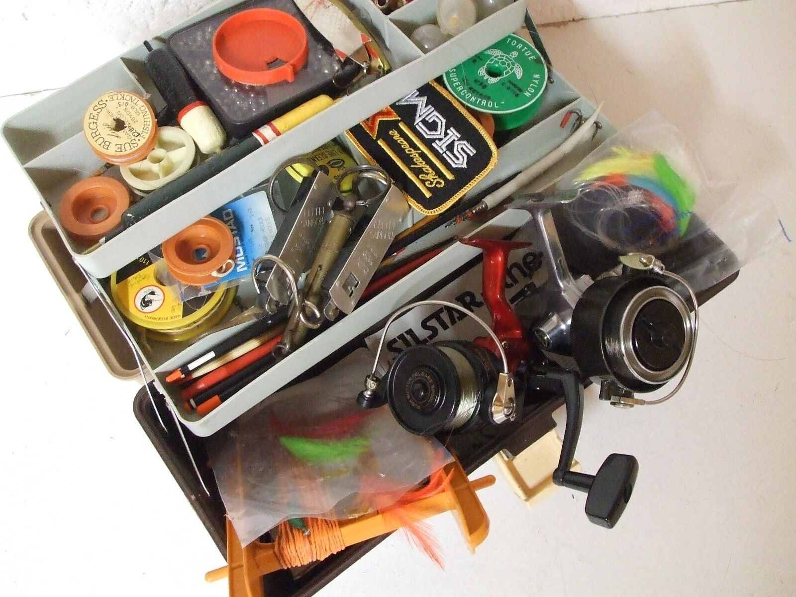 Spinning  Fishing collection in cantilever box - Job lot