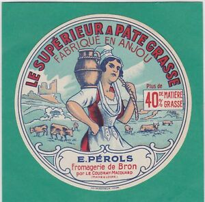 K733-FROMAGE-CAMEMBERT-E-PEROLS-BRON-LE-COUDRAY-MACOUARD-MAINE-ET-LOIRE