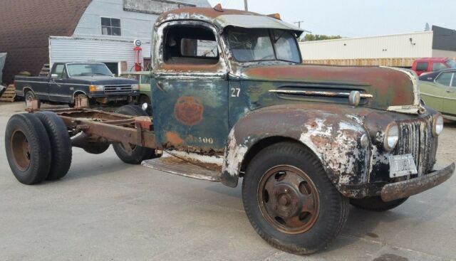 Ford Truck pickup pick up 1 1/2 Ton 1942 1943 1944 1945 1946 1947 46 47 1935-47