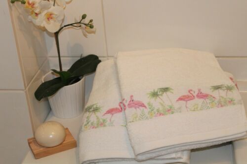 White 100/% Cotton Flamingo Embroidered Towel