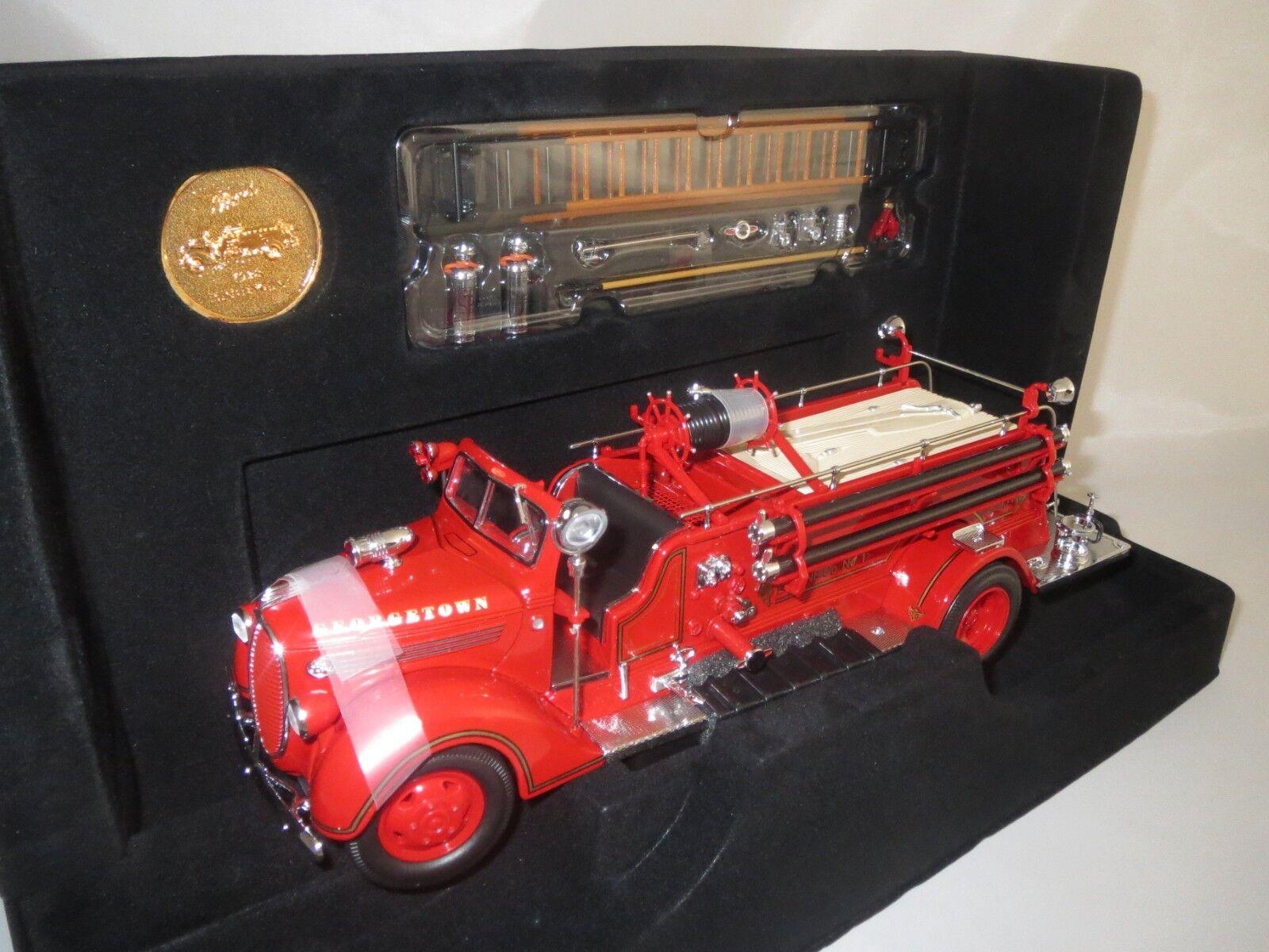 Road Signature   1938   Fire  Engine  (rot) 1 24  OVP  | Stabile Qualität